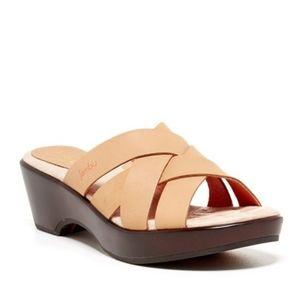 Jambu Lilly slip-on wedge sandal size 10